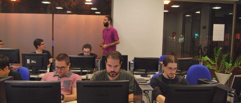 Aprende a crear videojuegos con Aula Arcade