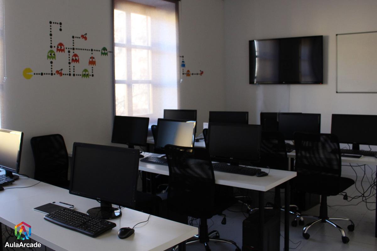 sala de formación principal de aula arcade